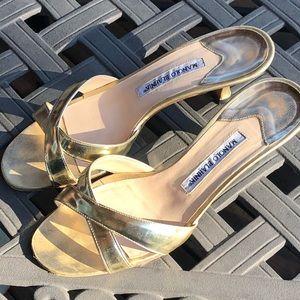 Manolo Blahnik golden sandals kitten heels 8.5